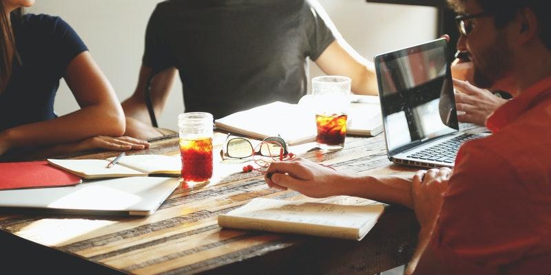 spodbujanje-razvoja-s-programom-startup-plus